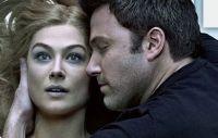Gone-Girl-Ben-Affleck-Rosamund-Pike-moviespoon