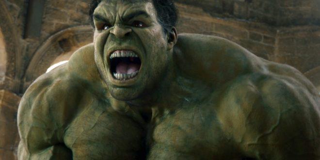 Hulk Thor: Ragnarok Quinjet MovieSpoon.com